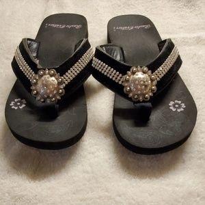 💜 Rustic Couture Flip Flops 💜